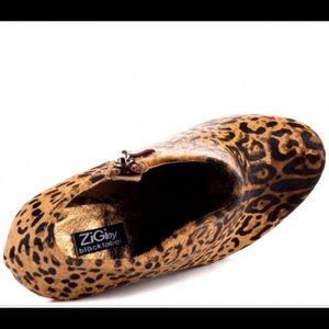 Ziginy blacklabel Shoes - zigi black label spark - leopard wedge shoe